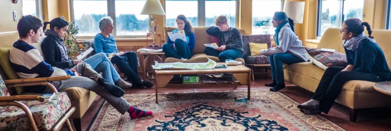 Middlebury students learn about green building at EcoVillage Ithaca